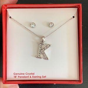 "Genuine Crystal 18"" K Pendant and stud earring set"
